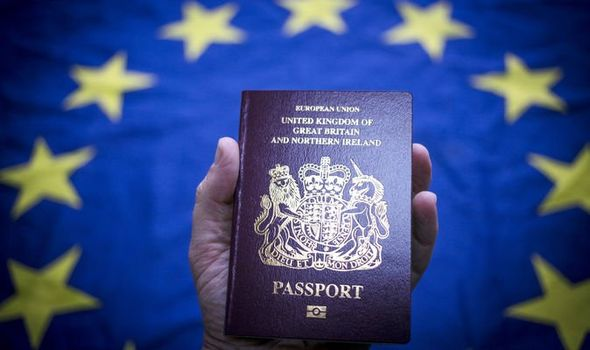 Can I travel with my ID, use roaming or my driving license in the UK after Brexit?