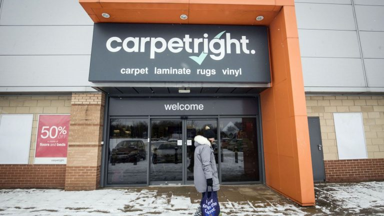 Carpetright plan to close stores in rescue deal