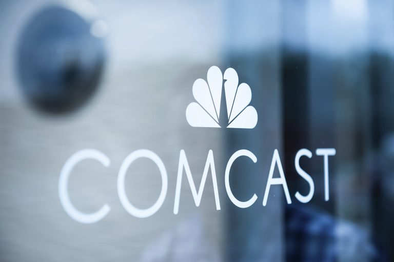 Comcast looks for cash to outbid Disney for Fox assets