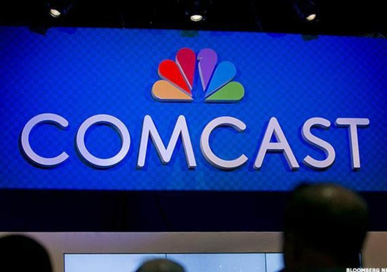 Comcast Starts Bidding War With 21st Century Fox for Sky