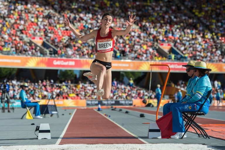 Commonwealth Games: Wales' Gilbert Miles produces incredible bronze-winning shot