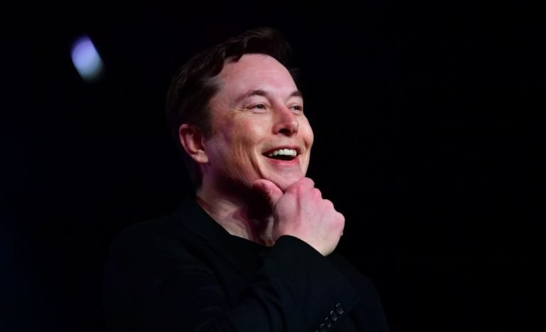 Elon Musk writes, records and sings in his own song