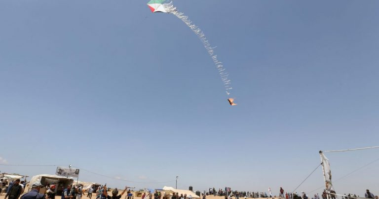 Flaming Kites From Gaza Thwarted by Winds