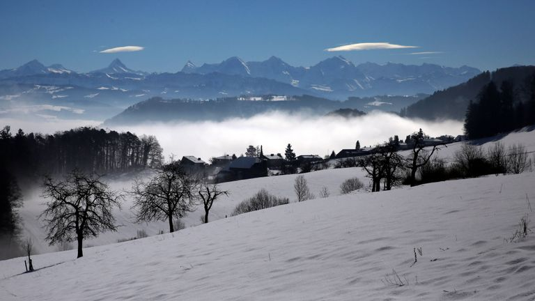 Four die in Swiss Alps after spending night outdoors