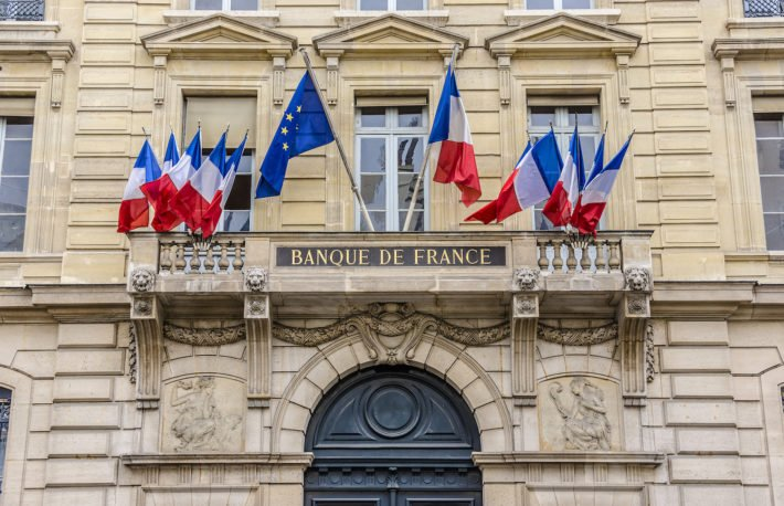 France's Central Bank: Keep Financial Institutions Out of Crypto