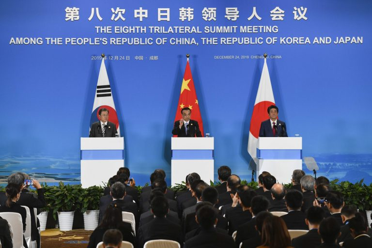 """He, Tokyo and Beijing agree to promote the US-North Korea dialogue in search of """"lasting peace"""""""