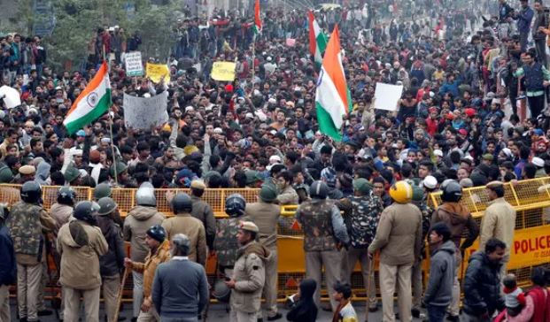 Hundreds of detainees in demonstrations against citizenship law in ten states of India