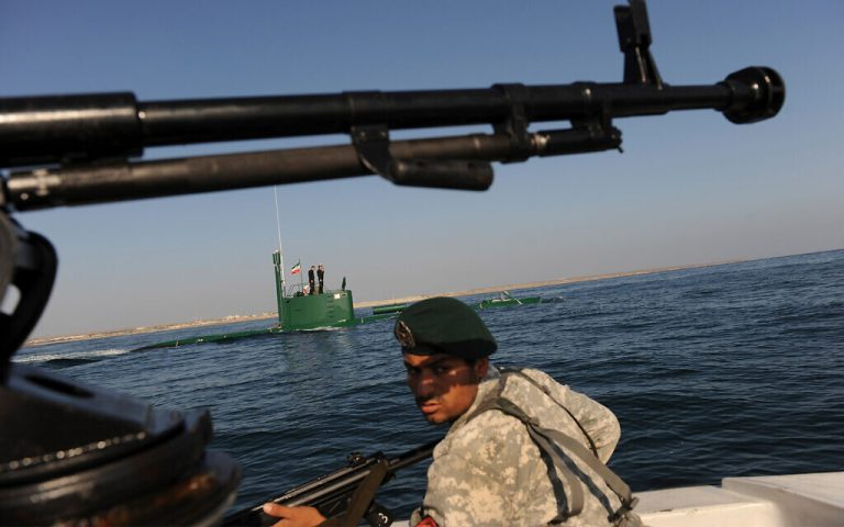 Iran, Russia and China initiate joint maneuvers in waters of the Indian Ocean and the Oman Sea