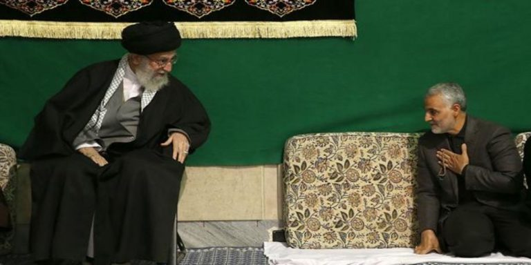 """Khamenei threatens the United States with a """"hard revenge"""" for the death of General Soleimani"""