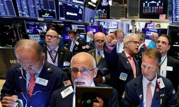 Markets plummet as Wall Street reacts to tech sector and trade war fears