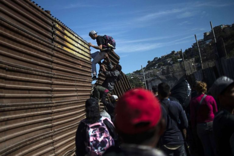 Mexico reinforces its police device to prevent illegal entry of migrants