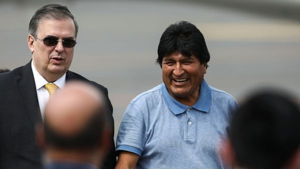 """Morales arrives in Argentina to stay as a """"refugee"""""""