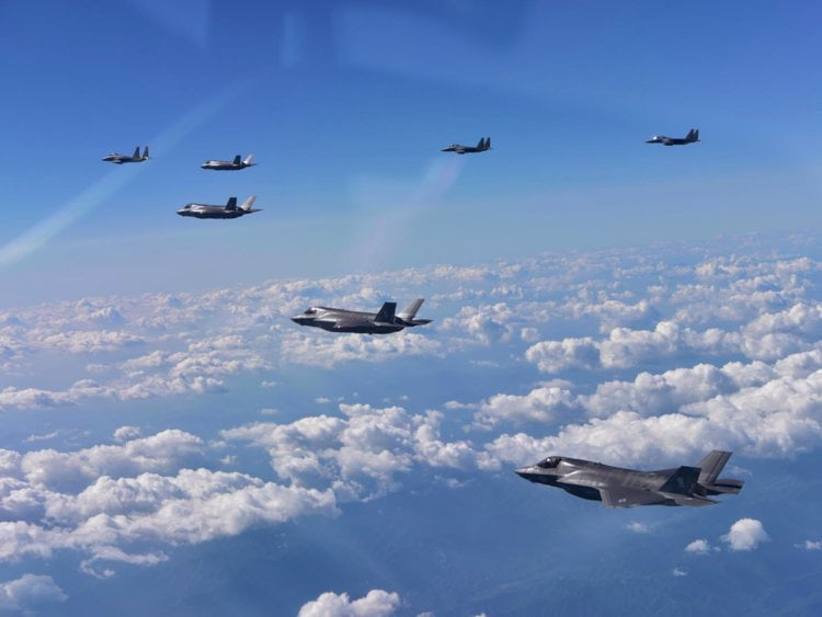 New US stealth fighter jets offer a message to North Korea and China