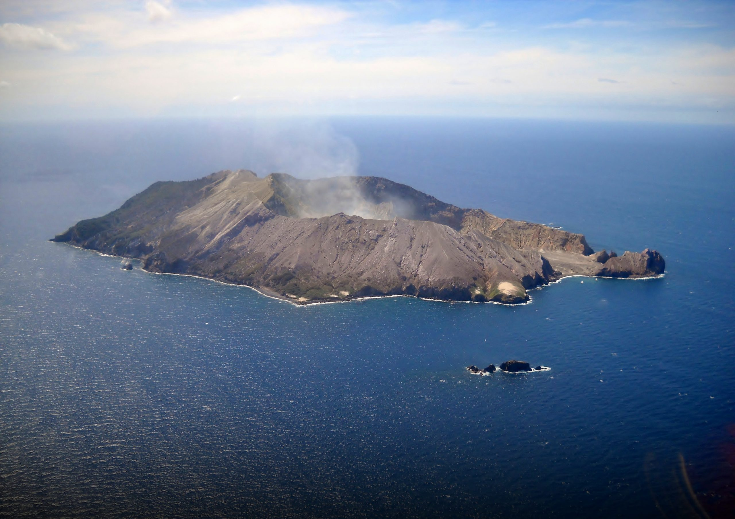New Zealand declares the death of the last two victims disappeared after the eruption in Isla Blanca