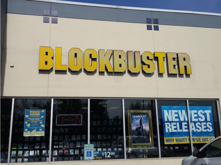North Pole branch of Blockbuster to close