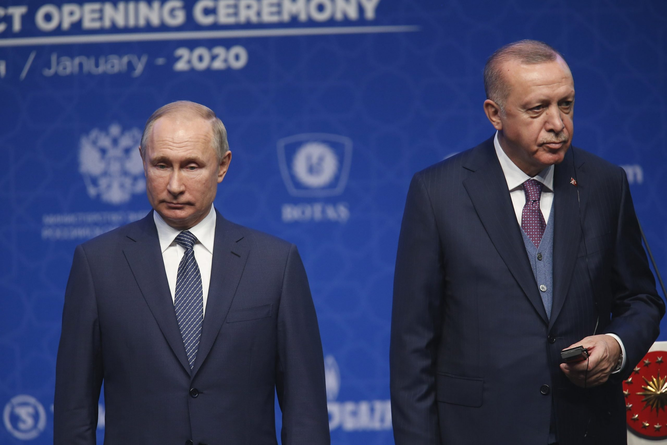 Putin and Erdogan call for a ceasefire in Libya starting Sunday