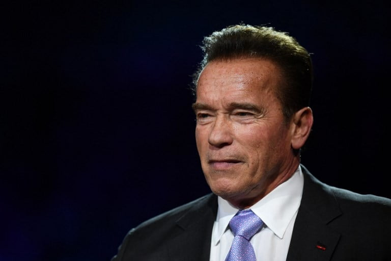 Schwarzenegger 'has emergency heart surgery'