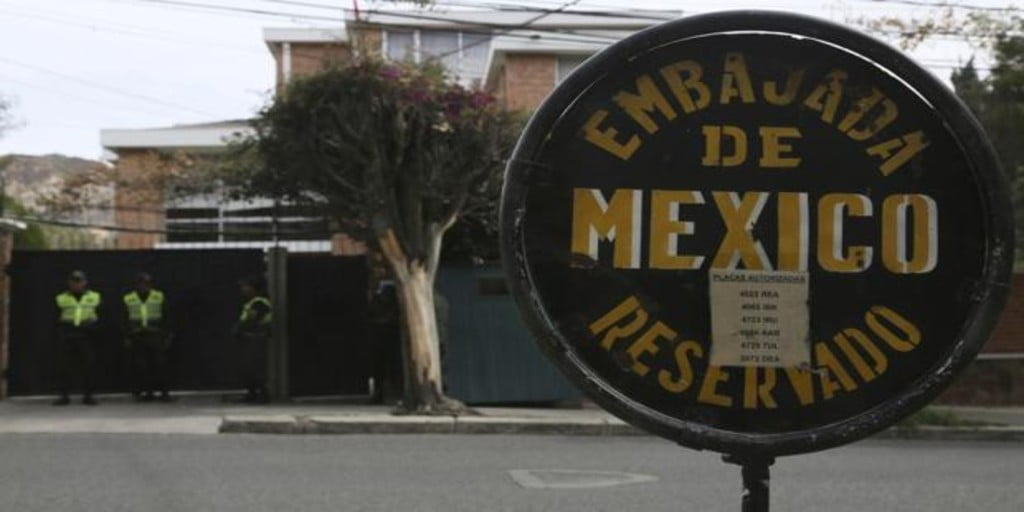Spain responds with the expulsion of three diplomats from the Bolivian delegation