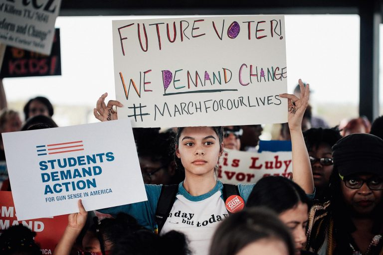 Student rallies expand voter rolls across the country