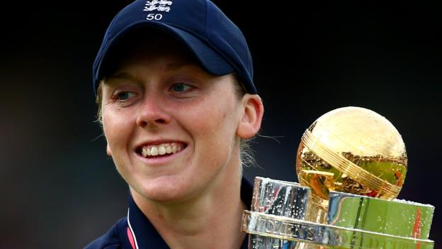 Tackling cricket's gender pay gap
