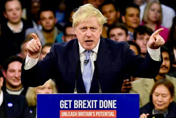 The British House of Commons approves Johnson's Brexit law