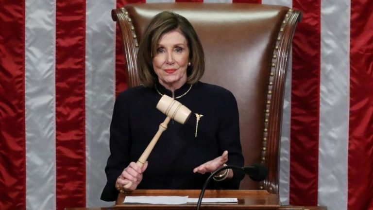 The House of Representatives approves the 'impeachment' against Trump