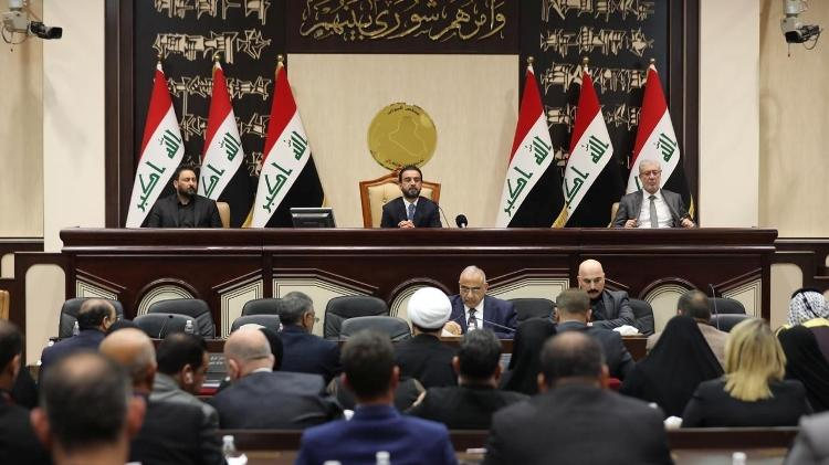 The Iraqi Parliament approves a motion to expel US troops