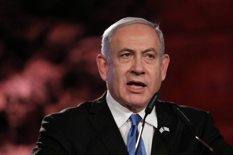 The Prosecutor's Office formalizes the complaint against Netanyahu for corruption
