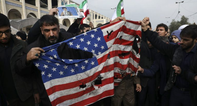 The US refuses to debate with Iraq the withdrawal of troops after the request of the Prime Minister