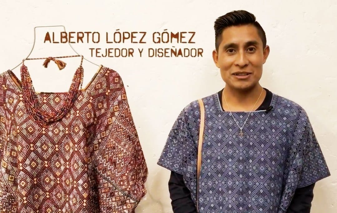 They stop at customs the clothes of the designer tzotzil that would participate in the Fashion Week of New York
