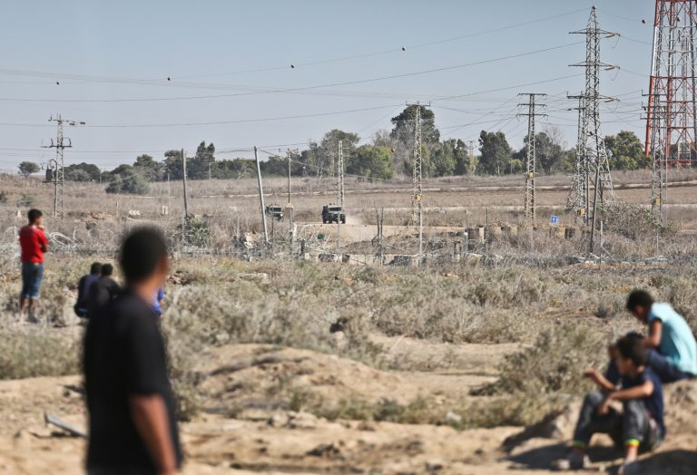 Three Palestinians killed by Israeli forces shooting after crossing the border in the Gaza Strip