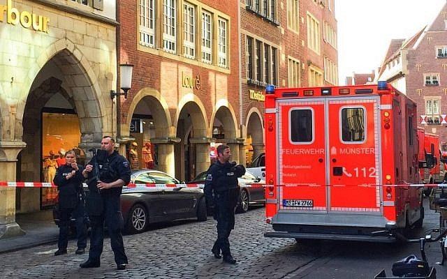 Van crashes into crowd in Germany killing two, injuring around 20