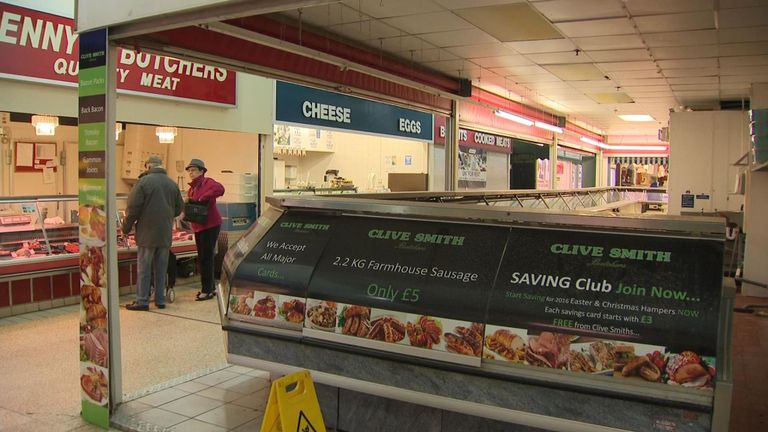 Wages overtake inflation to end squeeze