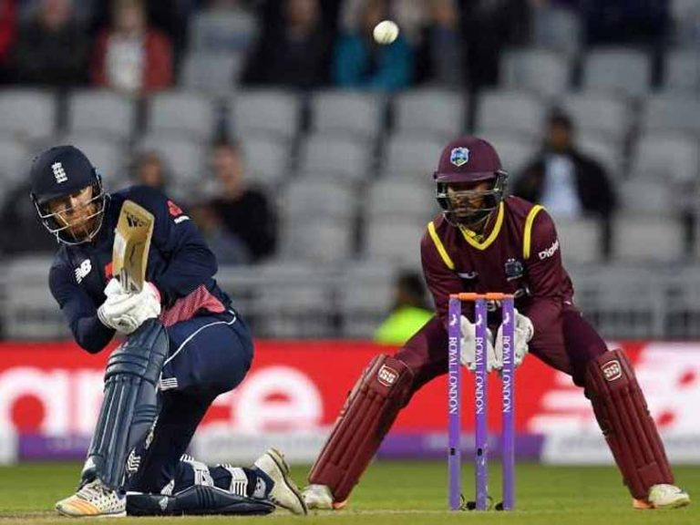 World Cup Qualifier: West Indies v Scotland – Evin Lewis takes direct hit from team-mate
