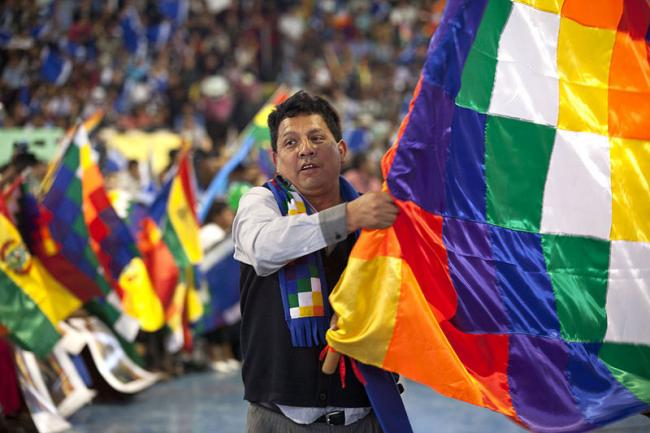 Bolivia ratifies the safe passage to Mexico for two subordinates of Evo Morales after a brief arrest