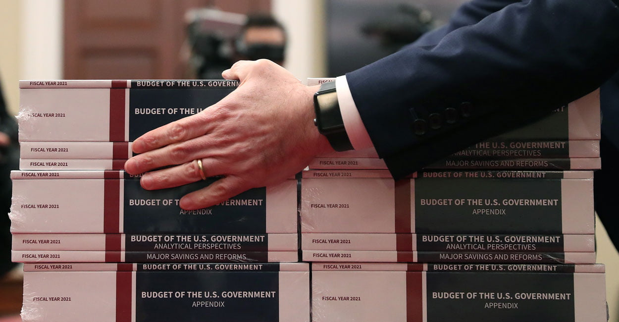 The White House presents its proposal for budgets for 2021 with important social cuts