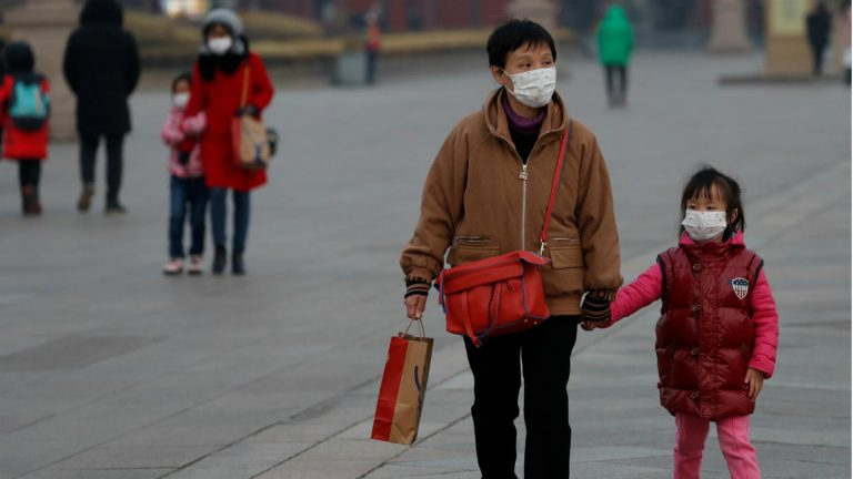 US bans entry to people who have recently been to China because of the coronavirus alert
