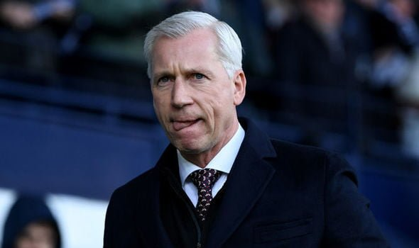 Alan Pardew: West Bromwich Albion will stick with manager for trip to Watford