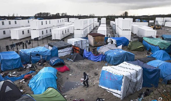 Calais: The camp that never really closes