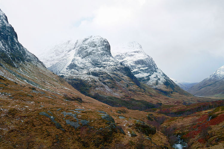 Climbers rescued from snowy mountain ridge in Scotland