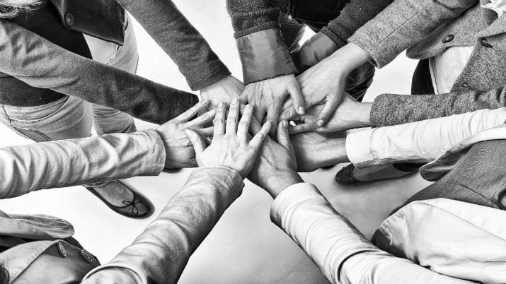 Do you think friendships with your employees will motivate them to go further? Think again
