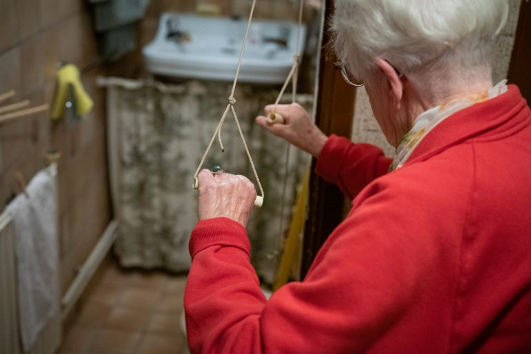 Leusden Journal: Afraid of Falling? For Older Adults, the Dutch Have a Cure