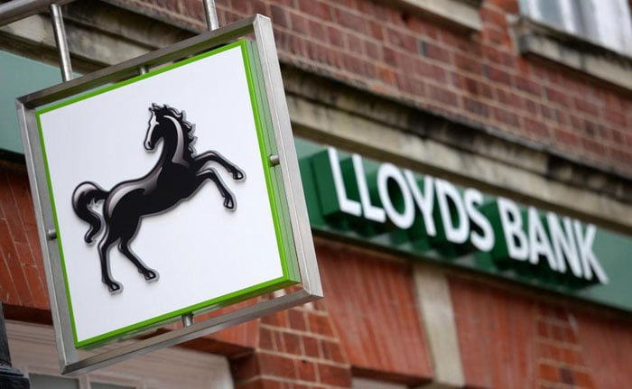 Lloyds Banking Group Blocks Bitcoin Purchases Using Credit Cards