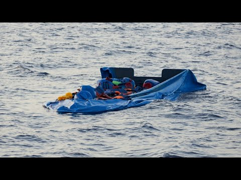 Migrants drown in year's 'first shipwreck' off Libya