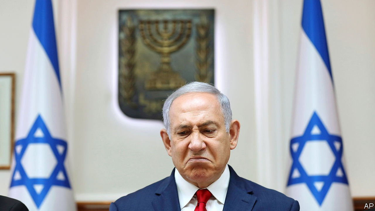 Netanyahu should face bribery charges, police say