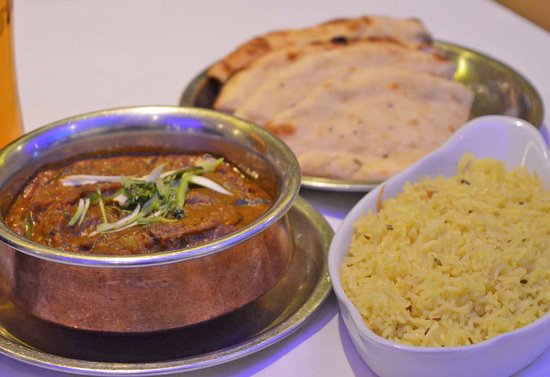 Portsmouth restaurant delivers takeaway curry to France