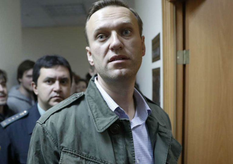 Putin Will Win in Russia. So Why Exclude Navalny?