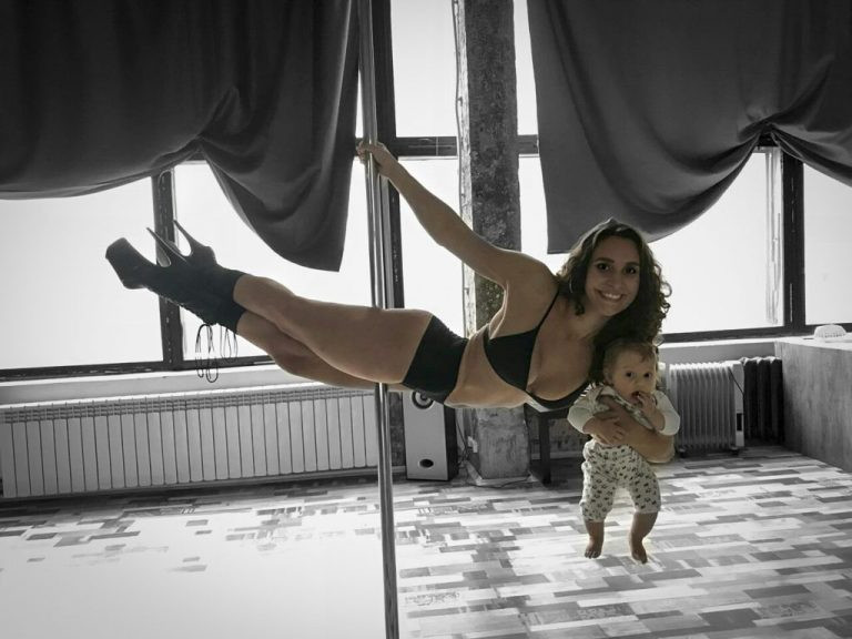 The mum and baby pole dancing class