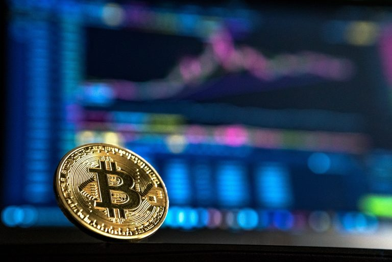 Why Bitcoin Needs Fiat (And This Won't Change in 2018)