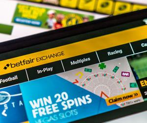 William Hill fined £6.2m over money laundering failures